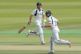 Middlesex v Hampshire Day 2: Watch & Listen
