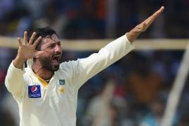 Junaid Khan signs for Middlesex