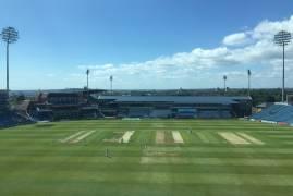 Yorkshire v Middlesex: Day 1 Updates