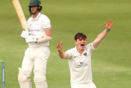 DAY THREE MATCH ACTION | LEICESTERSHIRE V MIDDLESEX