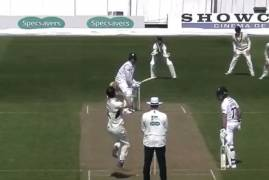 DERBYSHIRE V MIDDLESEX - DAY ONE ACTION