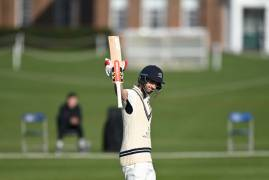 DAY ONE VS OXFORD MCCU - CLOSE OF PLAY INTERVIEW WITH STEPHEN ESKINAZI