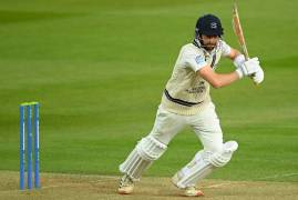 DAY THREE MATCH ACTION | GLOUCESTERSHIRE V MIDDLESEX