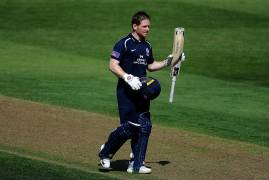 IMAGES OF MIDDLESEX BATTING VS GLOUCESTERSHIRE