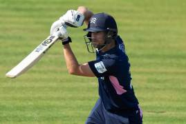 MALAN CALLED UP TO ENGLAND SQUADS AHEAD OF MALAHIDE CLASH