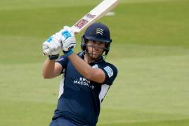 ESSEX VS MIDDLESEX - MATCH ACTION