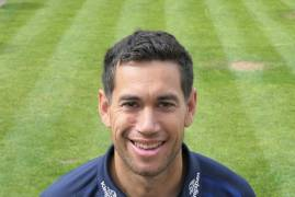 ROSS TAYLOR ARRIVES WITH MIDDLESEX AHEAD OF DEBUT VS SURREY