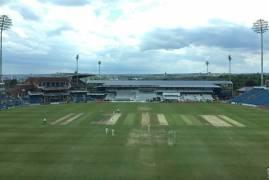 Yorkshire v Middlesex: Day three match updates