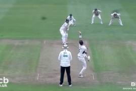 GLOUCESTERSHIRE V MIDDLESEX - DAY ONE MATCH ACTION