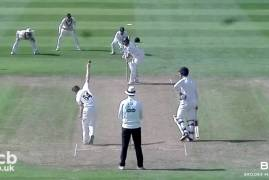 GLOUCESTERSHIRE V MIDDLESEX - DAY TWO MATCH ACTION