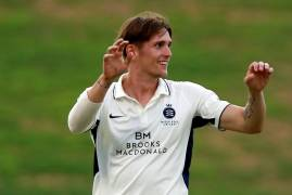 HARRY PODMORE LEAVES MIDDLESEX AND JOINS KENT