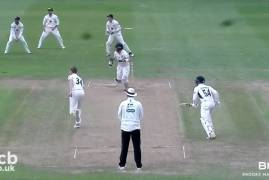 GLOUCESTERSHIRE V MIDDLESEX - DAY THREE MATCH ACTION