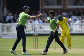 IMAGES OF MIDDLESEX BOWLING VS THE AUSTRALIANS