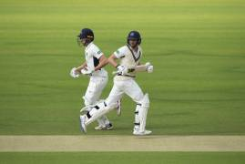 MIDDLESEX v DERBYSHIRE | DAY TWO ACTION