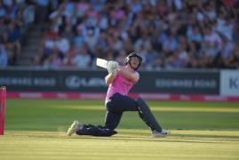 MIDDLESEX SECURE DERBY DOUBLE | MIDDLESEX v SURREY | MATCH ACTION