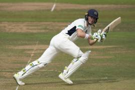 NICK GUBBINS & STEPHEN ESKINAZI TALKS THROUGH THE EVENTS OF DAY TWO AGAINST GLOUCESTERSHIRE