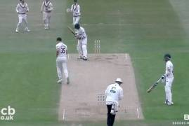 LEICESTERSHIRE V MIDDLESEX - DAY TWO MATCH ACTION
