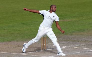 LATE WICKETS SET UP EXCITING FINAL DAY | LANCASHIRE v MIDDLESEX | DAY THREE ACTION