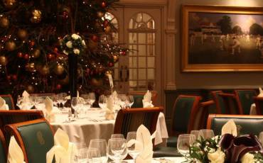 JOIN US AT THE ANNUAL LONG ROOM MEMBERS' FESTIVE LUNCH