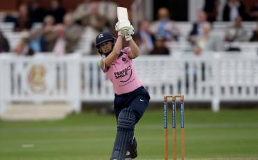 FRAN WILSON CALLED UP TO ENGLAND WOMEN'S WORLD T20 SQUAD
