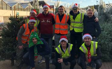 MIDDLESEX SQUADS GET FESTIVE AT SUNSHINE GARDEN CENTRE IN BOUNDS GREEN
