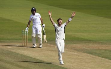 JAMES HARRIS WRAPS UP DAY THREE AT LORD'S AGAINST DERBYSHIRE