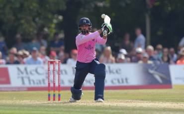 MOHAMMAD HAFEEZ INTERVIEW | MIDDLESEX v SUSSEX SHARKS