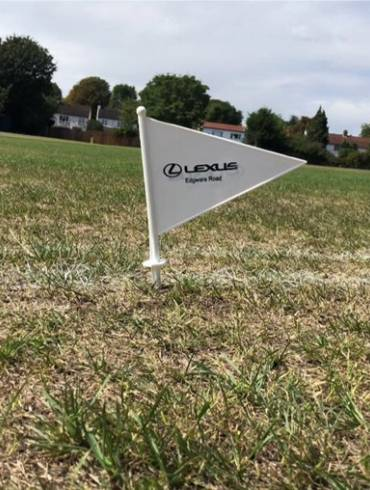 MIDDLESEX AFFILIATED CLUBS PROVIDED WITH LEXUS EDWARE ROAD BOUNDARY FLAGS